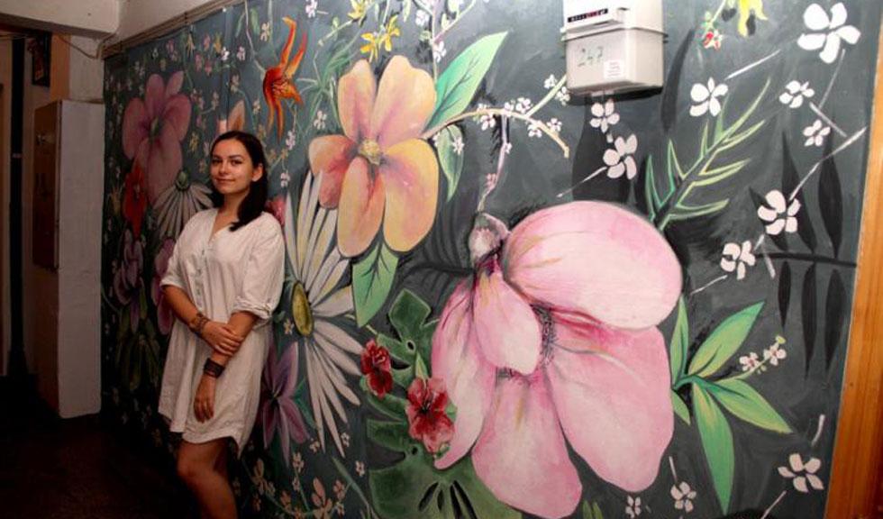 Andreea Gabriela Tudor, eleva din Braila care a impresionat Romania cu picturile din scara blocului