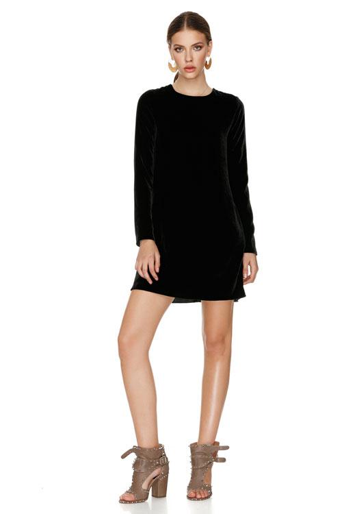 The little black dress – 15 modele stylish de rochii negre, sub 300 lei