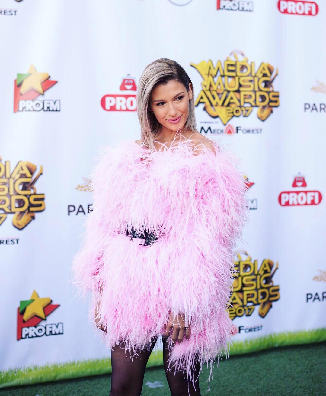 Alina Eremia, aparitie sexy la Media Music Awards 2017