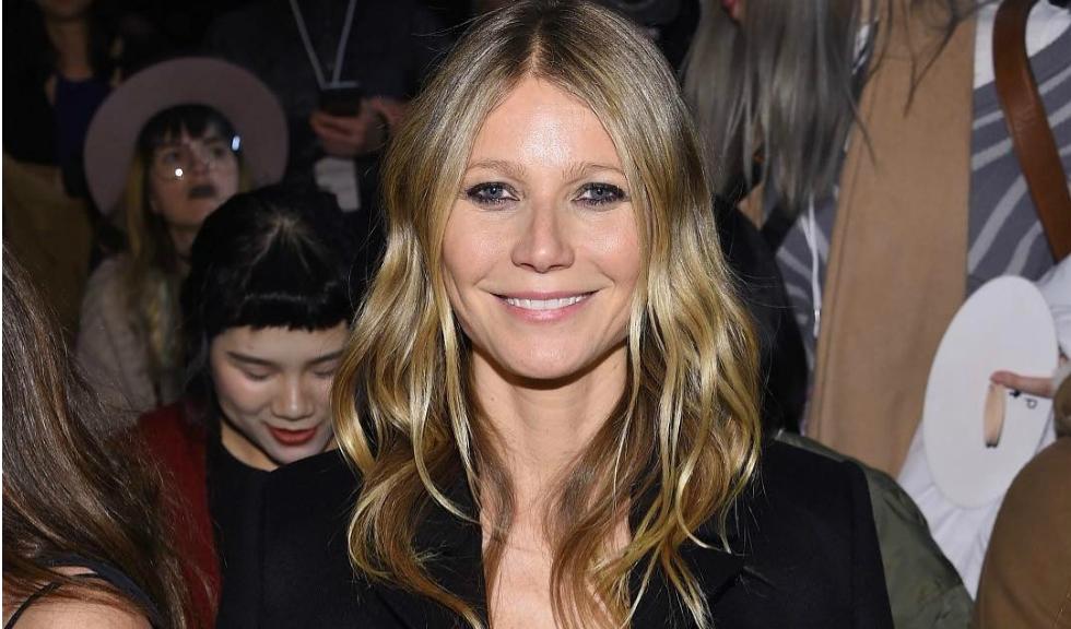Gwyneth Paltrow s-a logodit cu Brad Falchuk