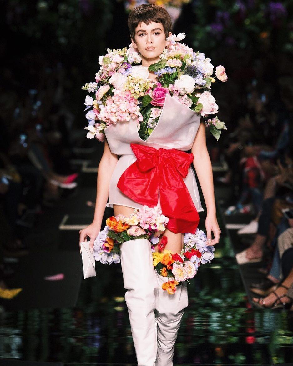 Kaia Gerber si mostenirea in moda: tot ce trebuie sa stii despre modelul momentului