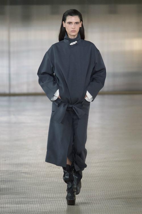 Rochii de iarna, stylish si calduroase: un ghid complet