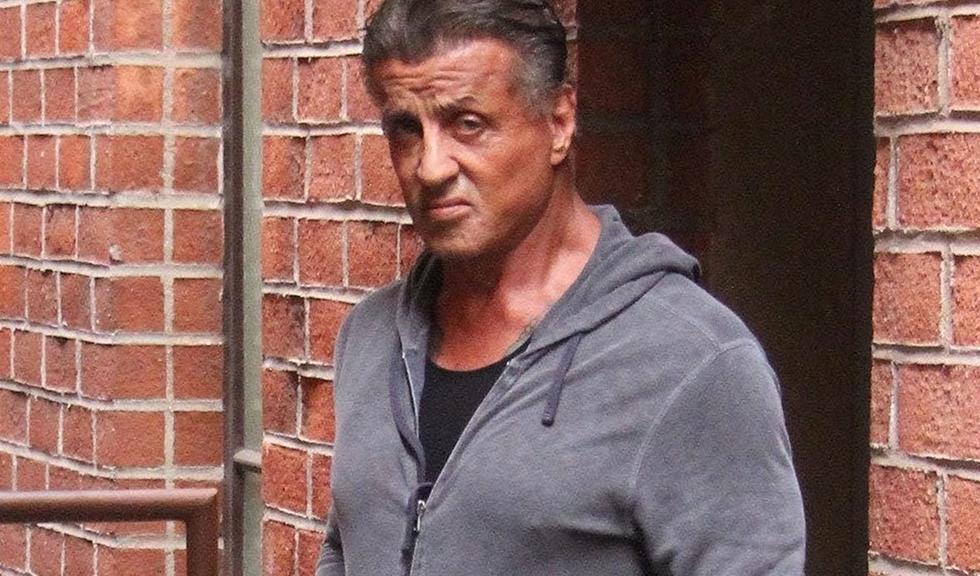 Sylvester Stallone este acuzat ca ar fi agresat sexual o tanara de 16 ani