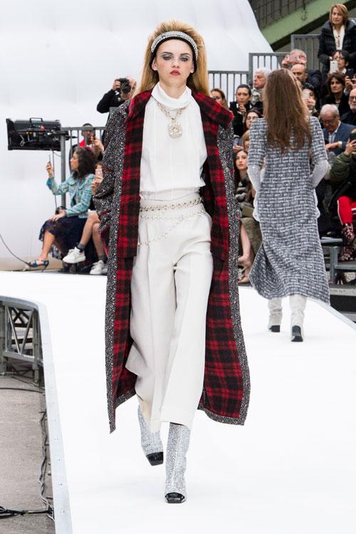 Idei cool & stylish de ținute de Revelion cu pantaloni