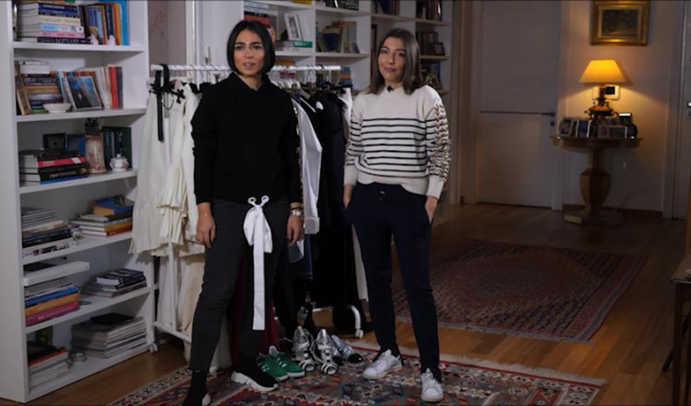 #ELLETeam: Cum să porți sacoul cu mâneci speciale, în 2 stiluri diferite, cu Domnica Mărgescu și Cristina Crăciun (VIDEO)