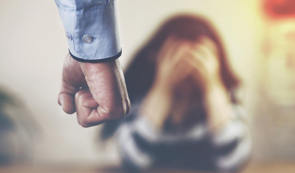 Modificările Codului de Procedură Penală lasă fără protecție victimele violenței