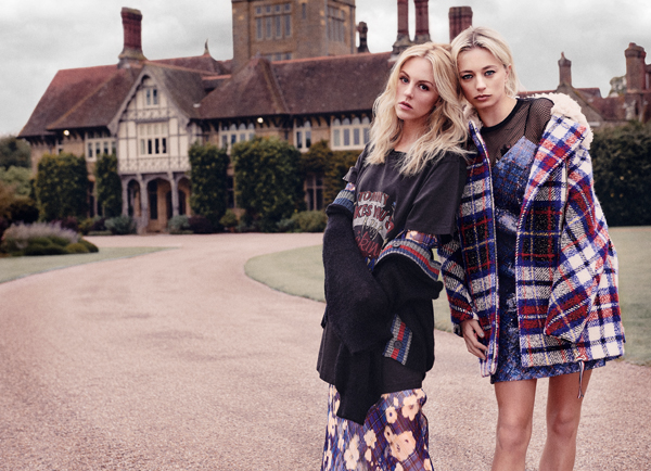 Editorial fashion: Double Trouble