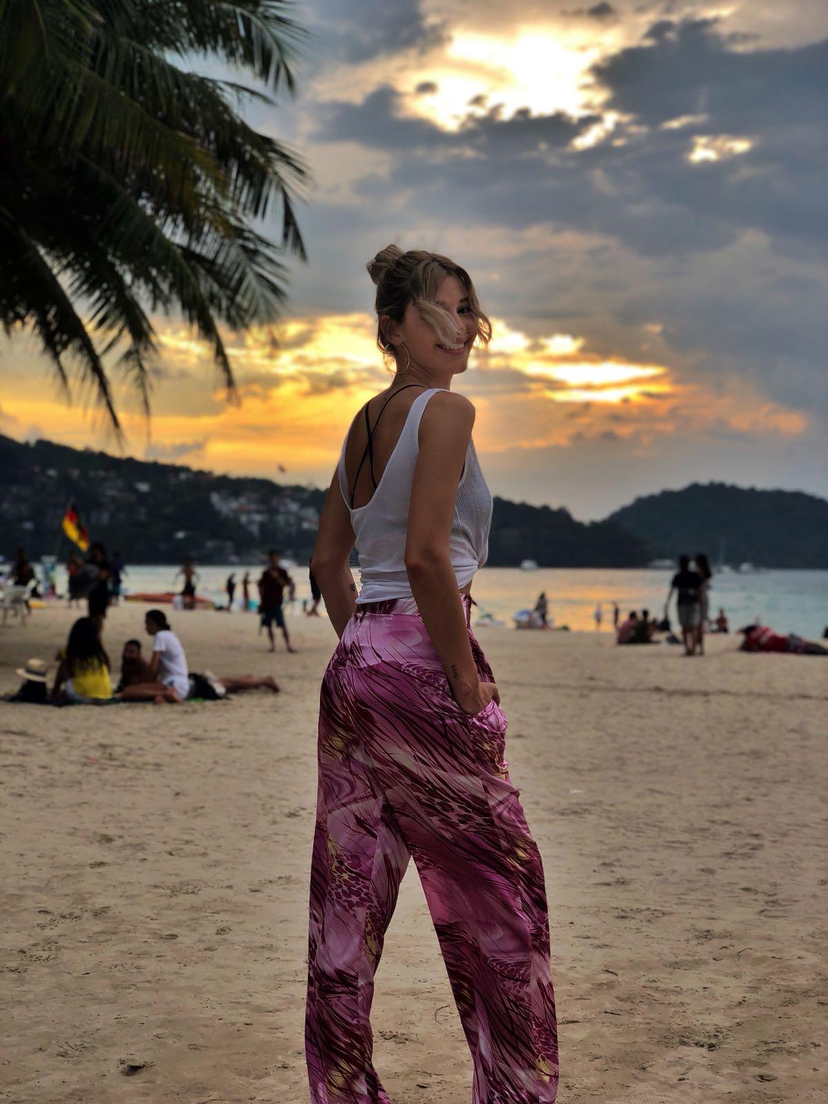 Alina Eremia: stilul său în vacanță (GALERIE FOTO