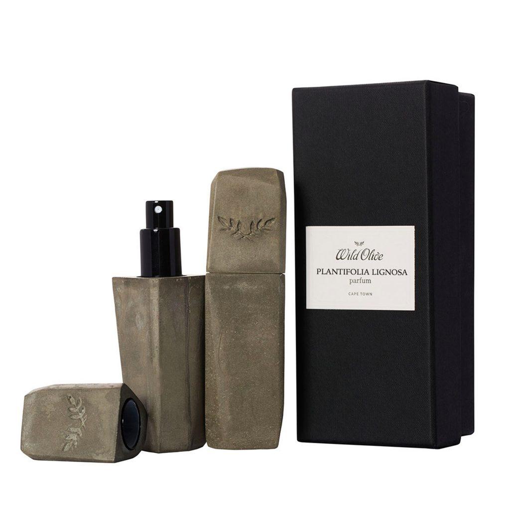 Oferă-i iubitului tăun cadou rafinat și personal de Valentine's Day 2018: un parfum de nișă
