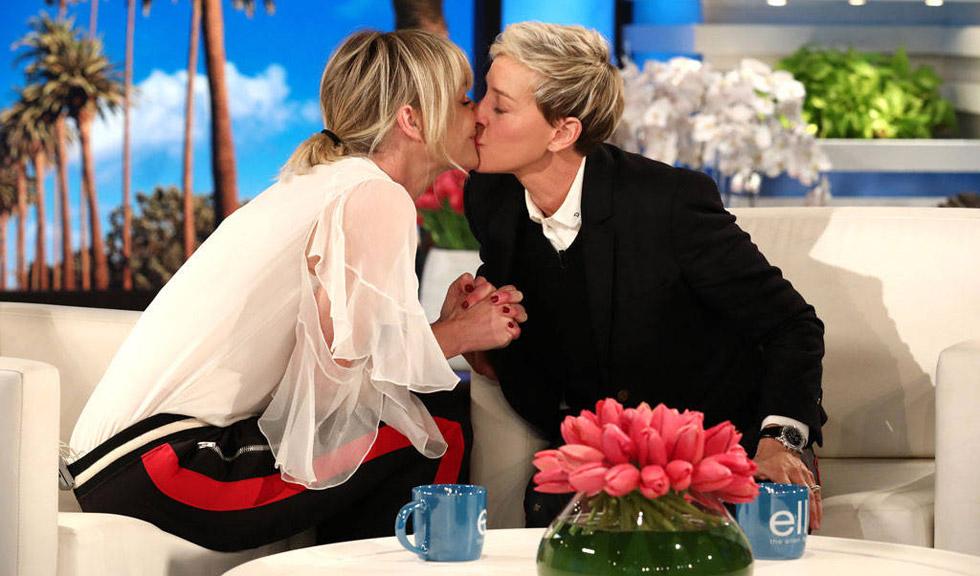 Ellen DeGeneres, în lacrimi după ce a primit cadoul aniversar de la soția ei, Portia de Rossi