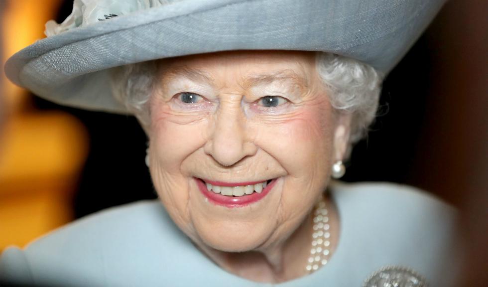 O filmare rară apărută acum o arată pe Regina Elisabeta a II-a la vârsta de 13 ani