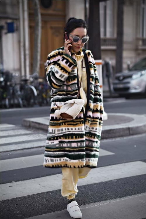 Moda străzii în direct de la Paris Fashion Week