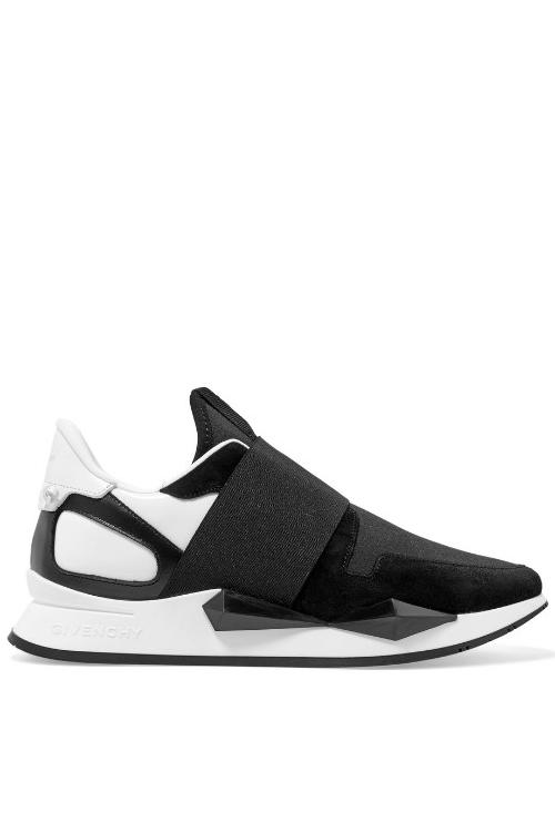 Cei mai stylish sneakers ai anului 2018