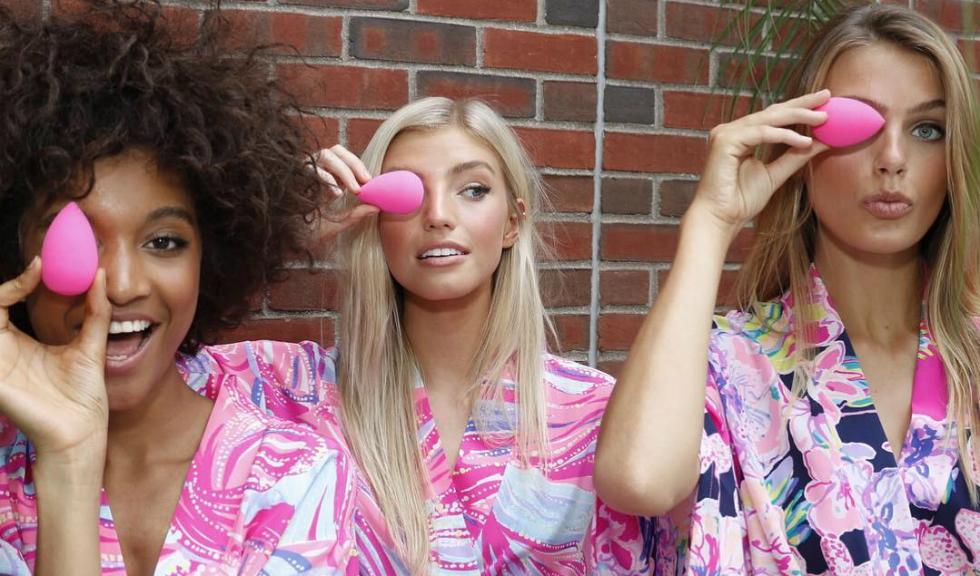 Lucruri pe care nu știai că le poți face cu ajutorul unui BeautyBlender