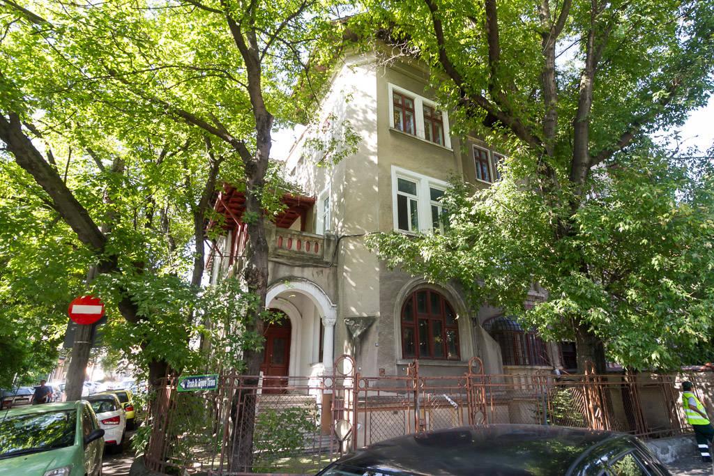 Patru motive pentru care merită să faci o investiție într-o vilă istorică din București