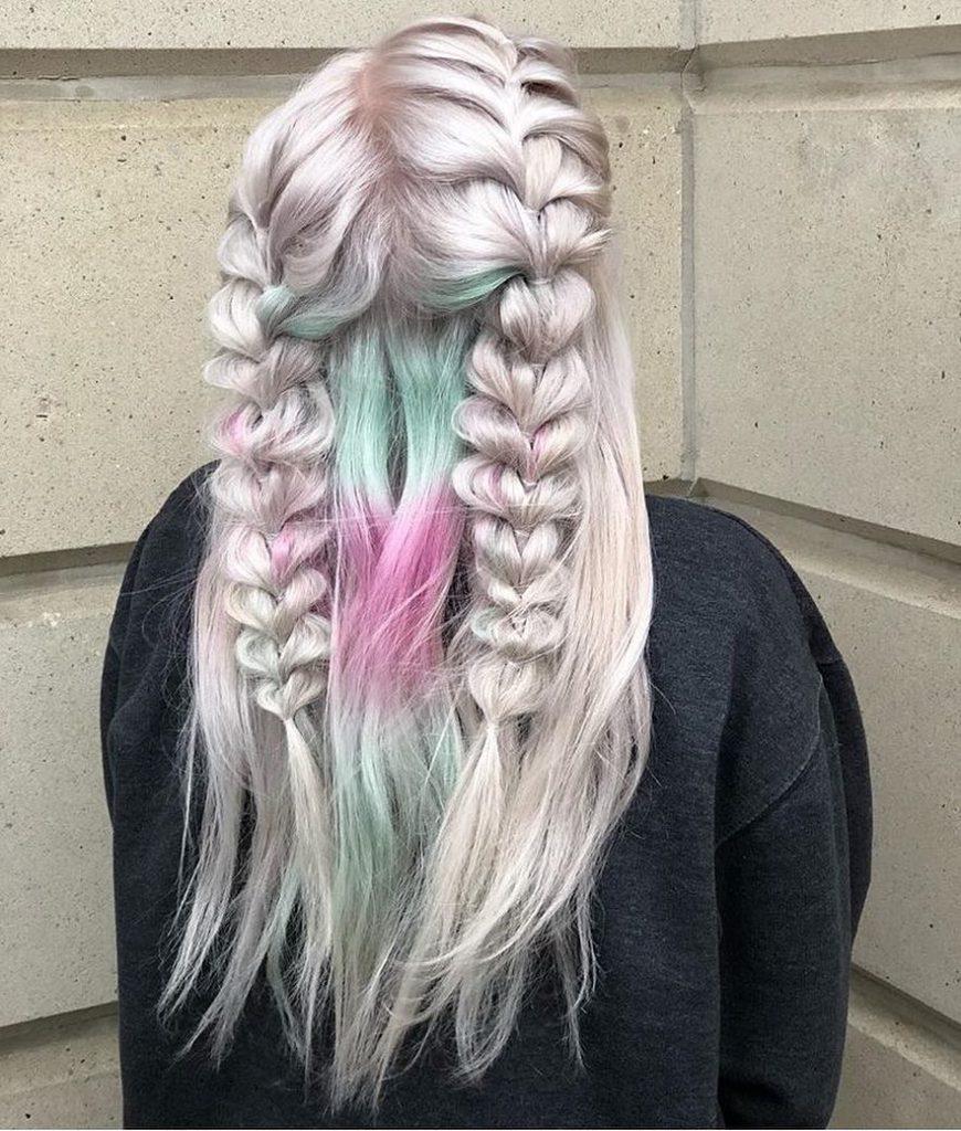 Cele mai cool moduri în care să îți coafezi părul pentru un look de festival