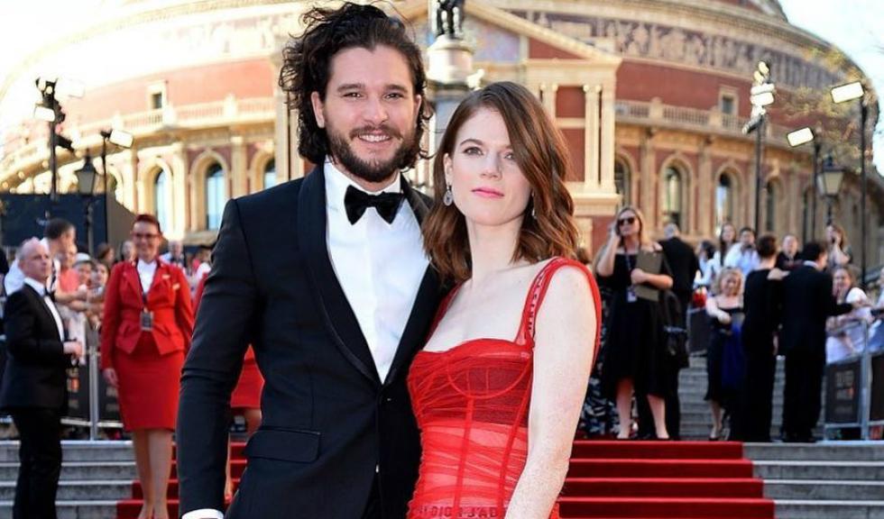 """Invitațiile de nuntă ale lui Kit Harington și Rose Leslie sunt cu tematică… """"Game of Thrones"""""""