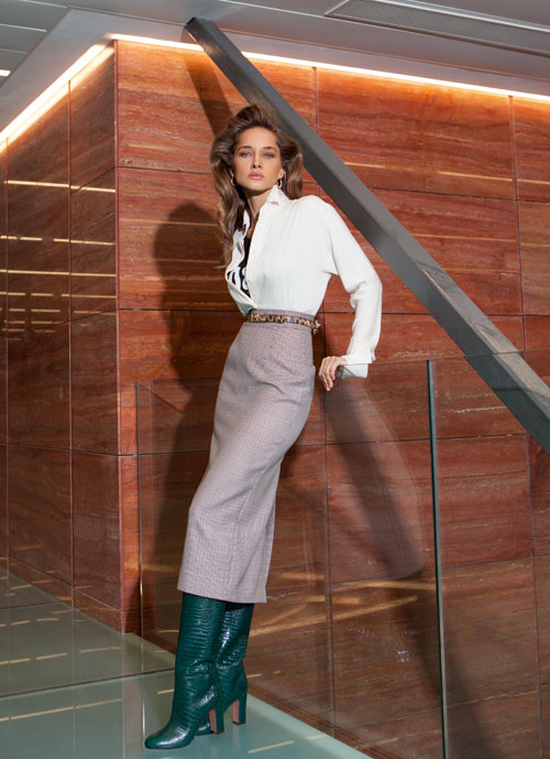 Editorial fashion: Lady boss