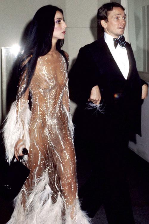 Ce au purtat vedetele la prima lor MET Gala (Imagini de colecție)