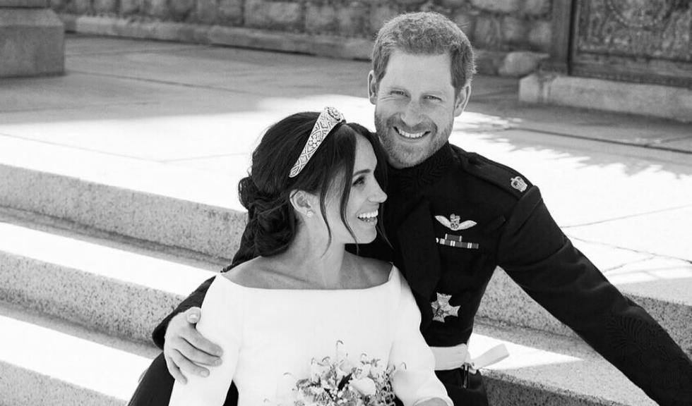 De ce râdeau Prințul Harry și Meghan în portretul oficial de nuntă?