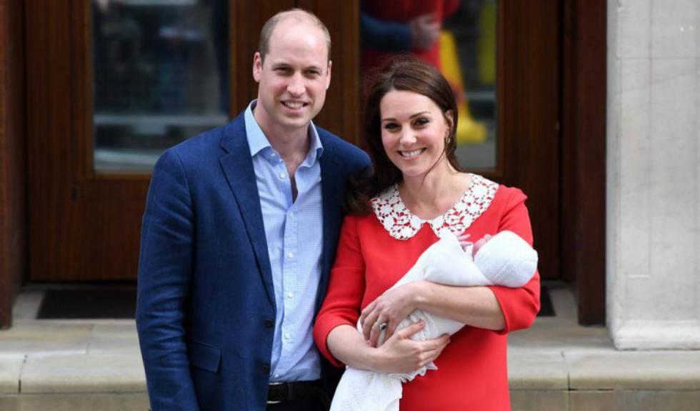 Palatul Kensington a publicat primele imagini ale Prințului Louis alături de sora sa, Prințesa Charlotte