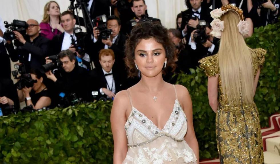 Selena Gomez este pregătită să îl uite pe Justin Bieber
