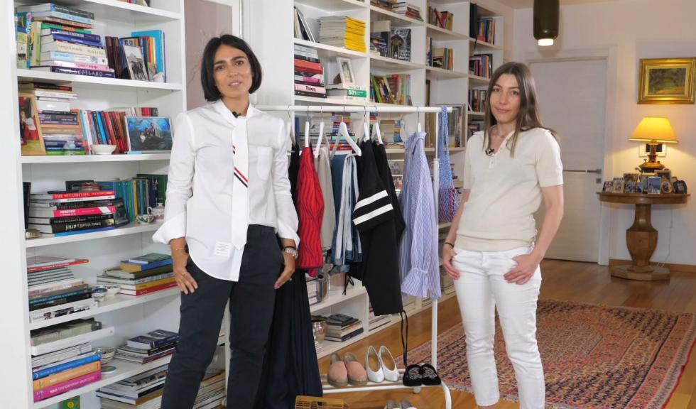 #ELLETeam: Cum să porți rochia cu umerii dezgoliți și costumul în dungi, cu Domnica Mărgescu și Cristina Crăciun