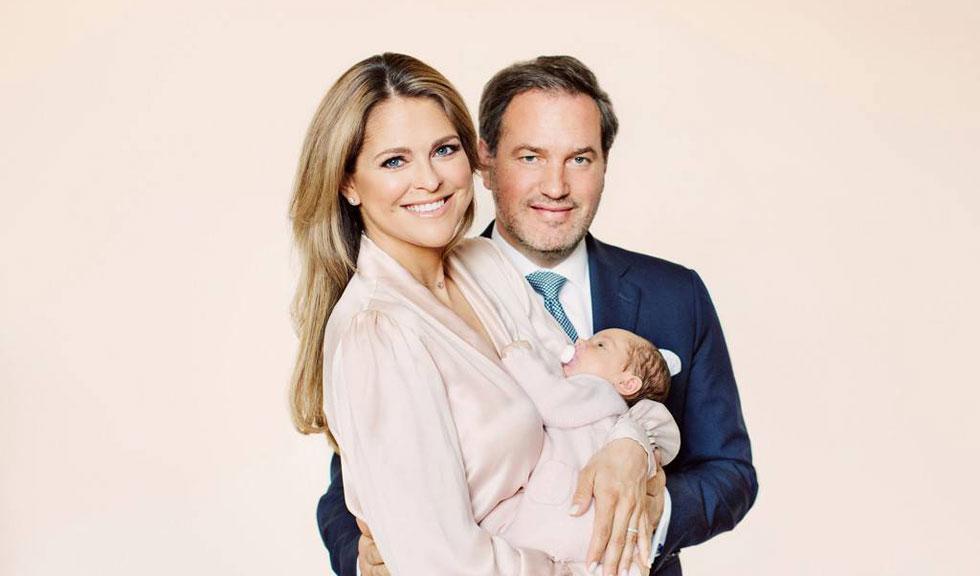 Portretele oficiale de la botezul Prințesei Adrienne din Suedia sunt superbe