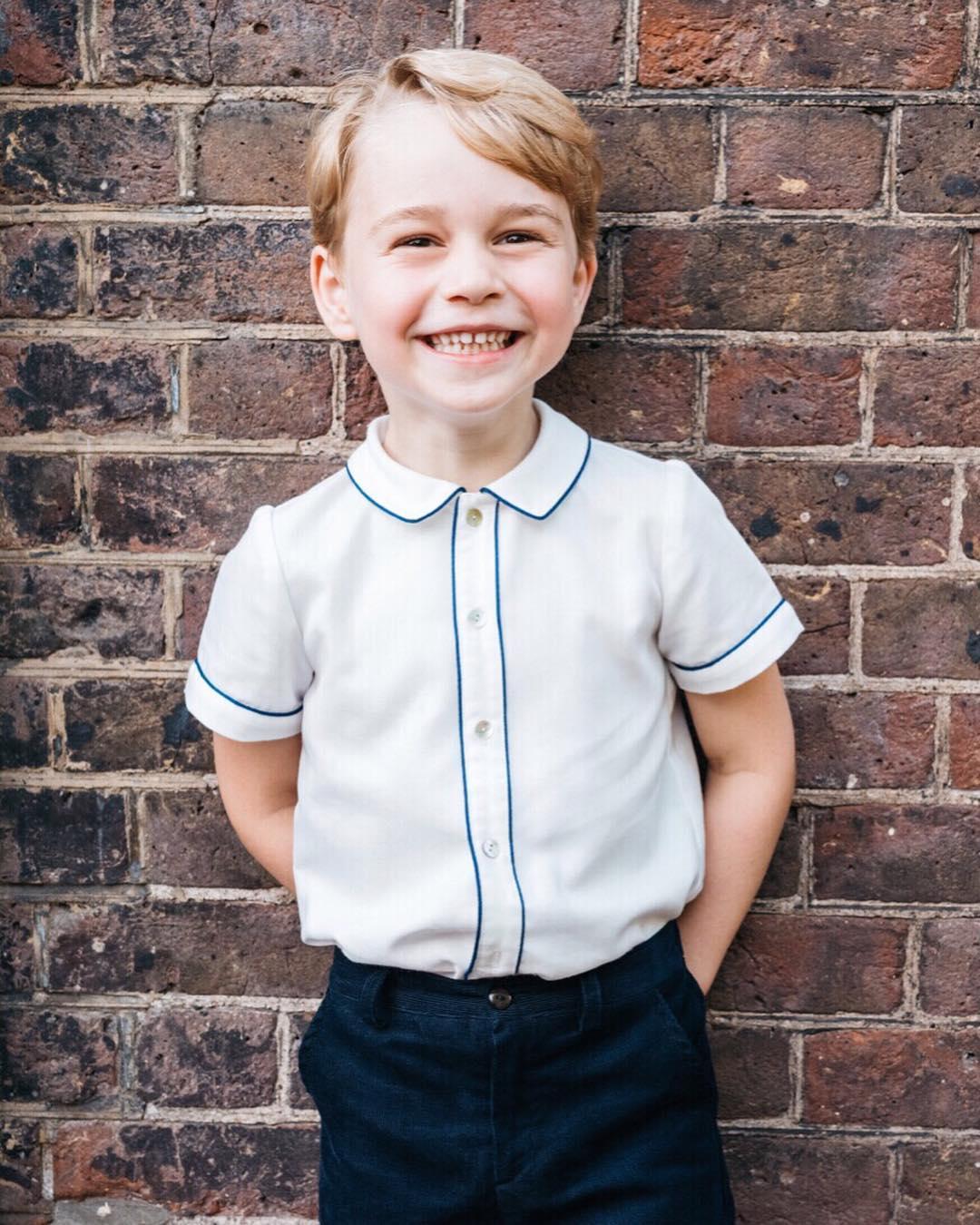 Prințul George al Marii Britanii împlinește 5 ani. Cum arată portretul oficial