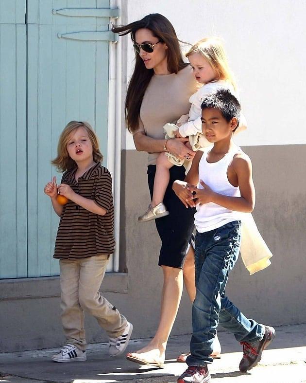 Cum arată acum gemenii Angelinei Jolie și ai lui Brad Pitt