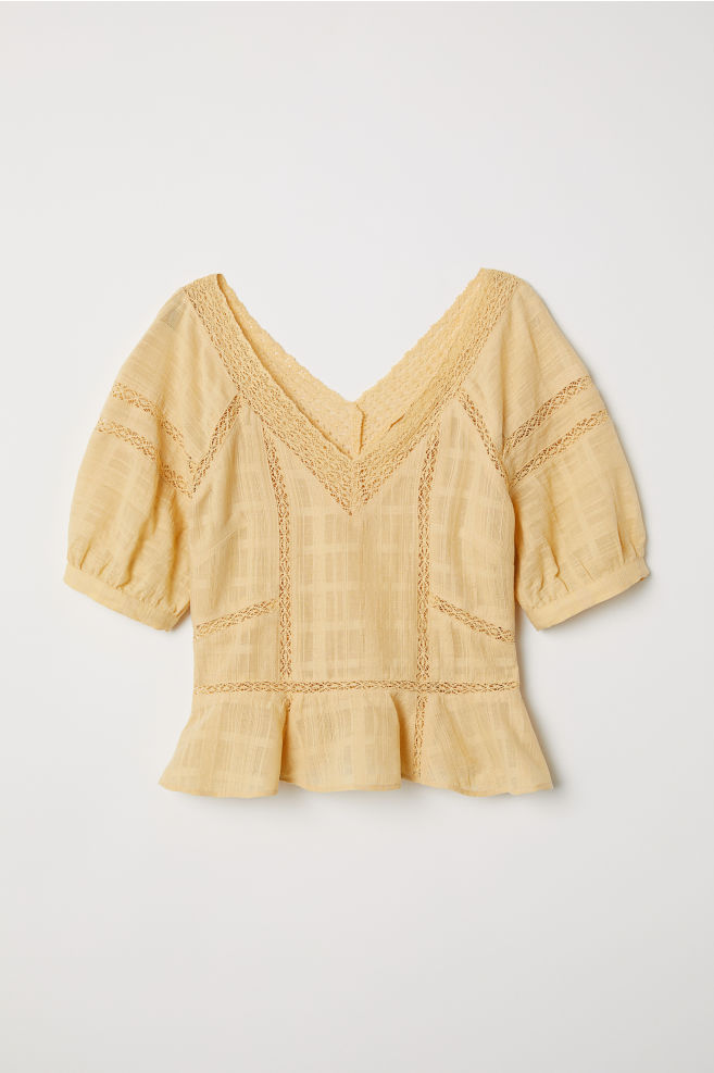 Yellow – cele mai cool piese vestimentare pe care trebuie să le ai vara asta