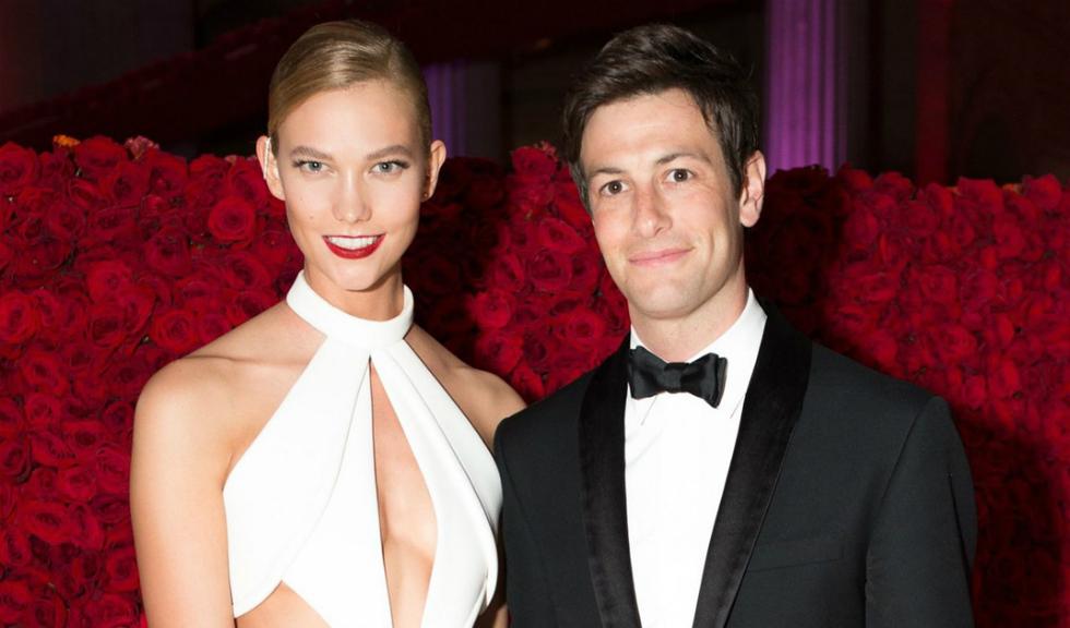 Karlie Kloss și Joshua Kushner s-au logodit
