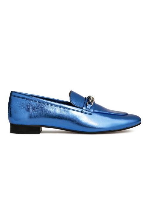 12 idei de pantofi confortabili, ideali pentru birou