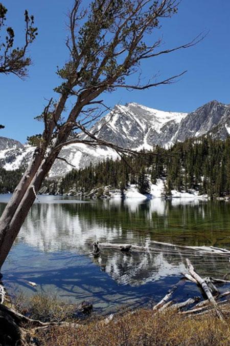 Destinații de schi care arată la fel de minunat și vara