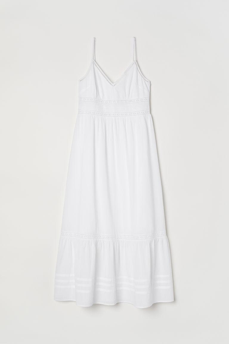 Top 10 rochii albe din dantelă, pe care le poți purta toată vara