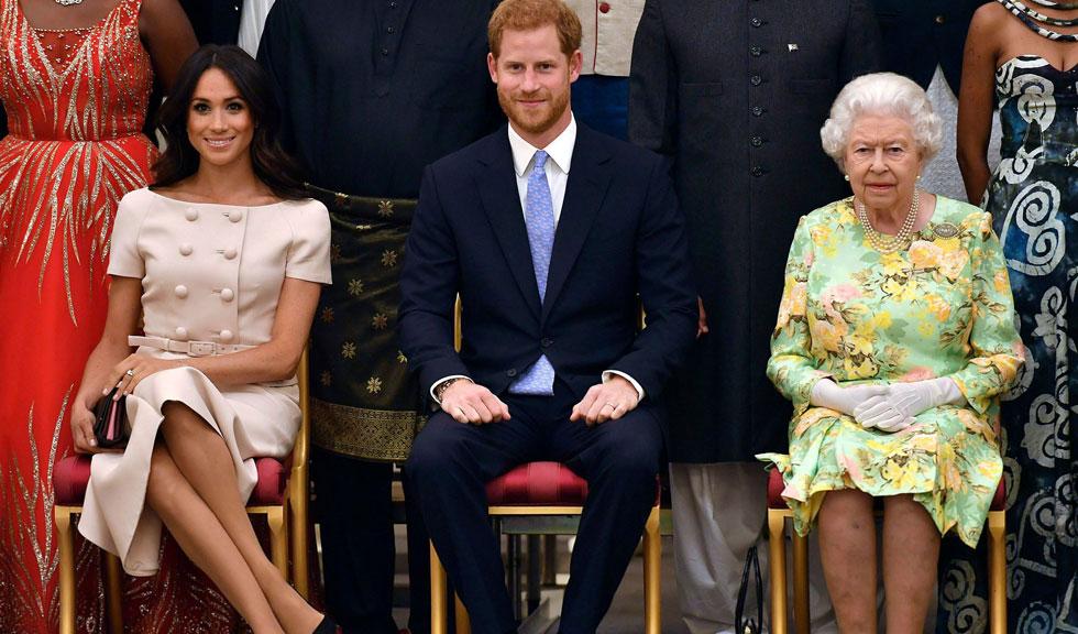 De ce Prințul Harry și Meghan Markle nu se țin de mână când sunt alături de Regină