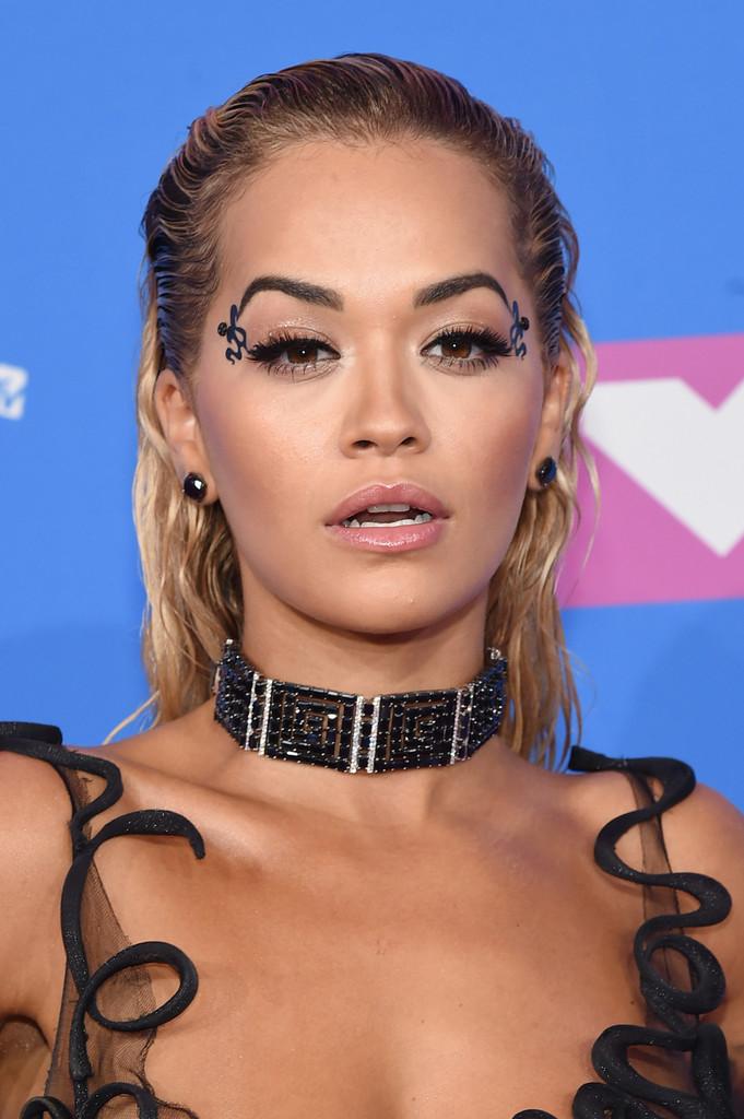 Cele mai inspirate machiaje si coafuri la MTV VMA 2018
