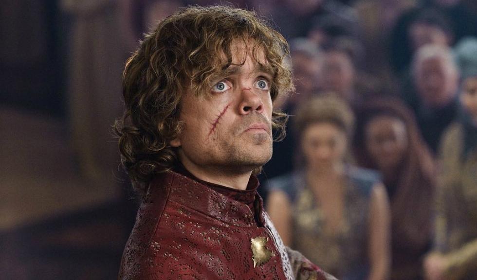 Reacția lui Tyrion la scena de sex dintre Daenerys și Jon Snow din `Game of Thrones` dezvăluie detalii despre continuarea show-ului