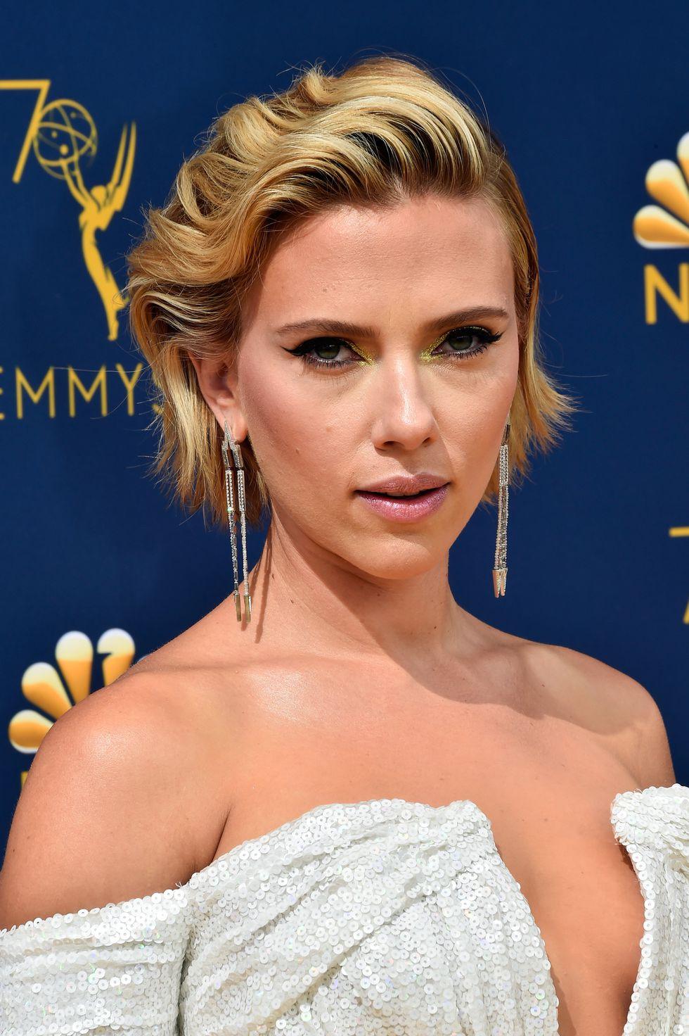 Cele mai inspirate machiaje și coafuri de la Premiile Emmy 2018