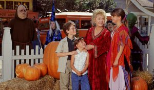 14 filme de Halloween pe care ar trebui să le vizionezi dacă nu-ți plac cele horror