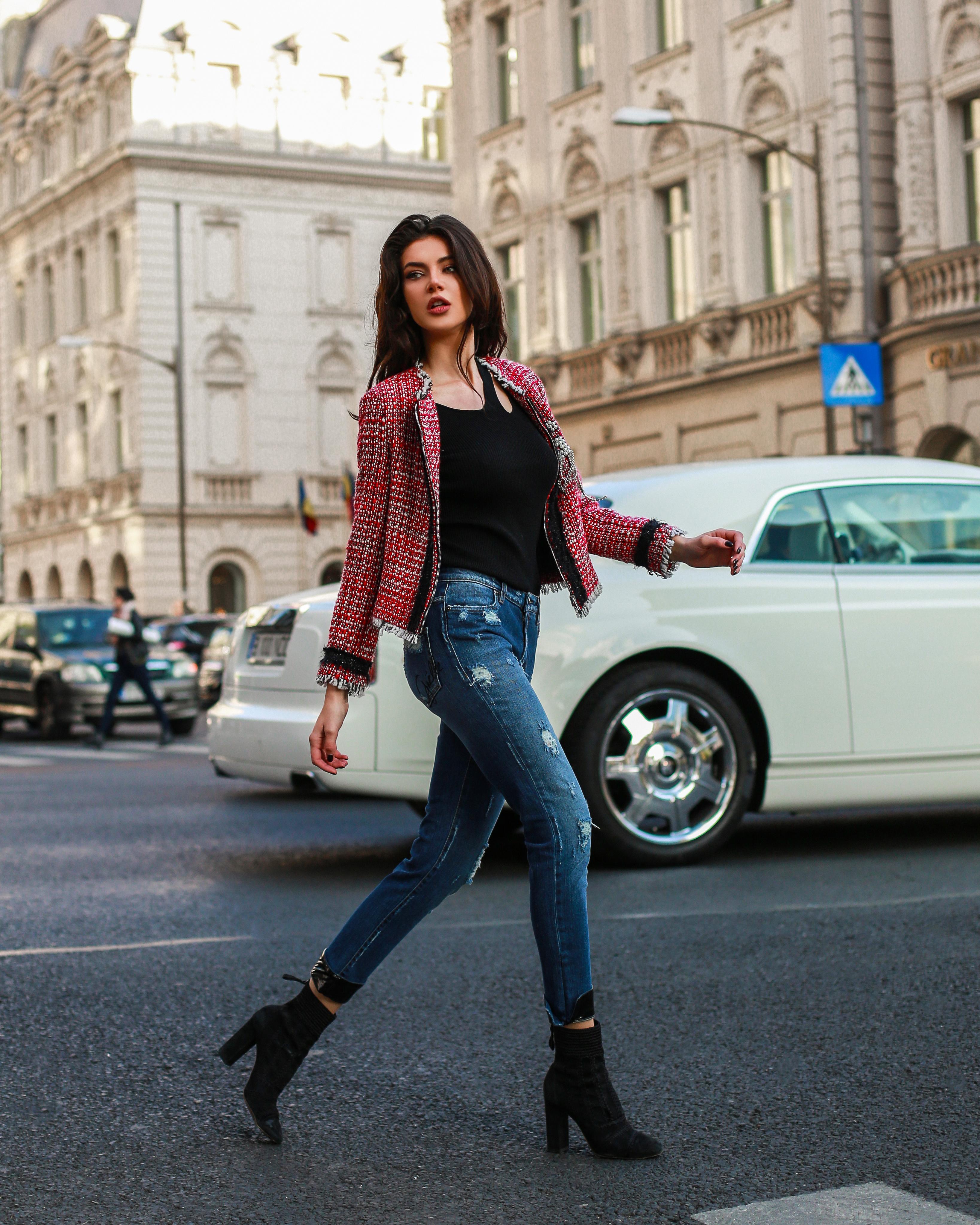 Inovatie, fashion si disciplina: Cum se vede Tokyo-ul prin ochii Cristinei Ich