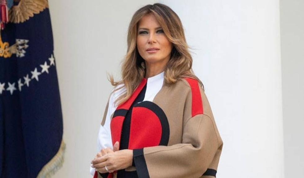 Melania Trump a ales o ținută neobișnuită pentru un eveniment dedicat Zilei Recunoștinței, iar reacția publicului a fost pe măsură