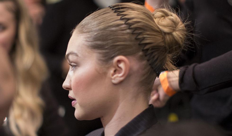 6 lucruri pe care hairstyliștii nu le fac niciodată atunci când vine vorba de părul lor