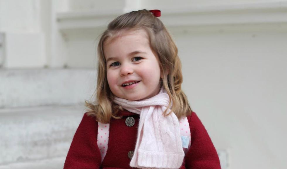 Prințesa Charlotte seamănă perfect cu nepoata Prințesei Diana, Lady Kitty Spencer, iar această imagine este dovada