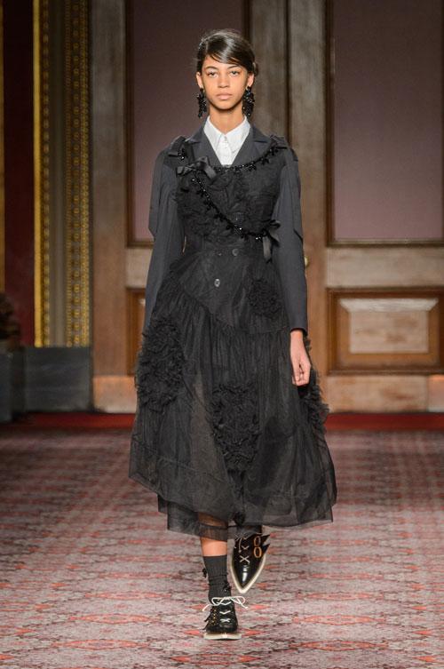 Simone Rocha colecția toamnă-iarnă 2018-2019