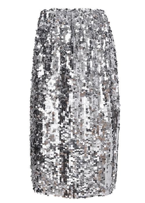 Paiete & cristale argintii, elementele unei ținute glam de petrecere
