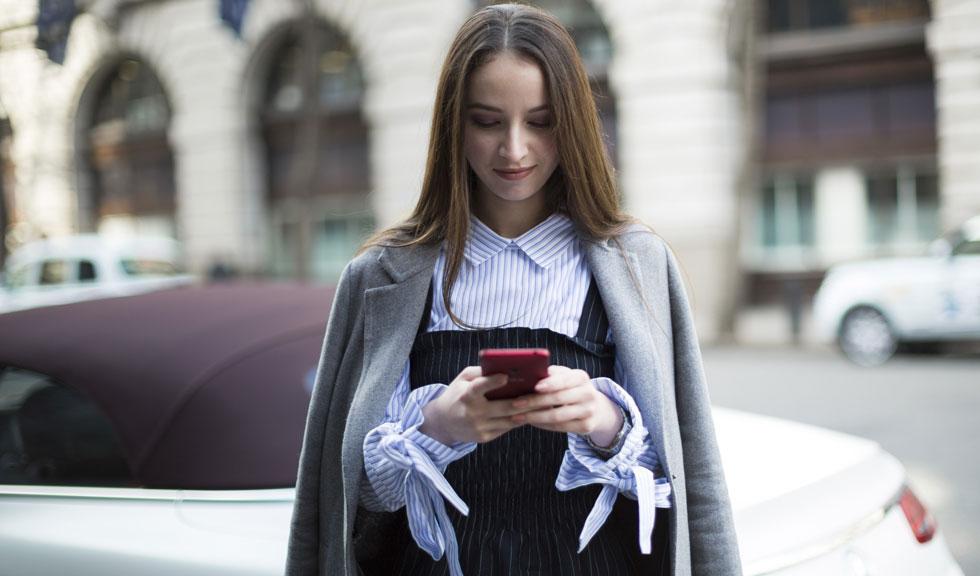 Telefonul mobil îți afectează grav mintea și corpul! Iată cum