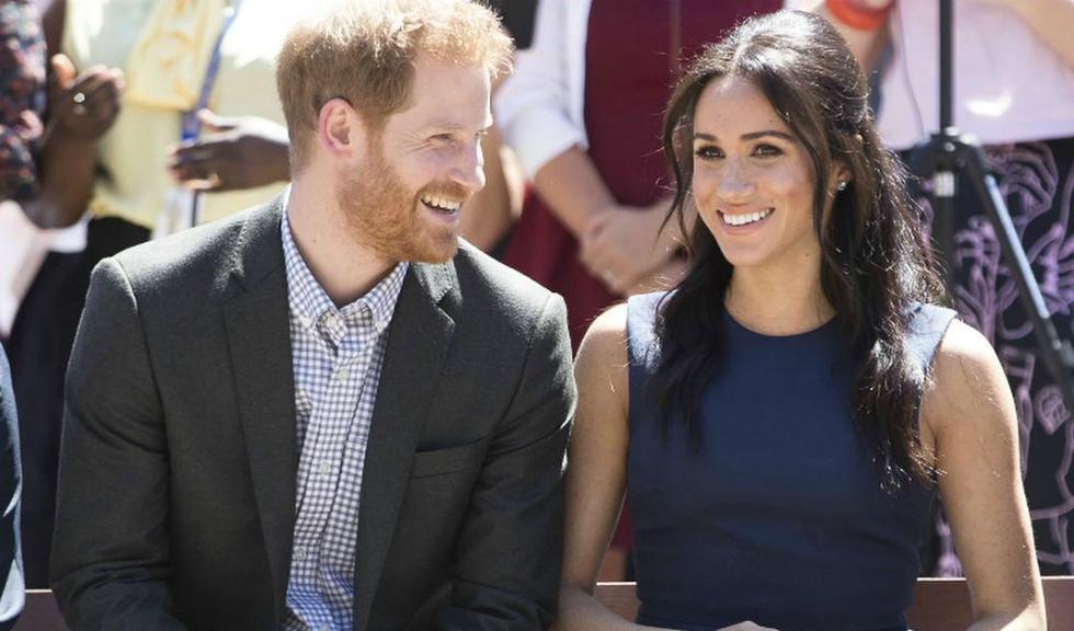 Măștile din ceară ale lui Meghan Markle și Prințul Harry fac senzație pe internet
