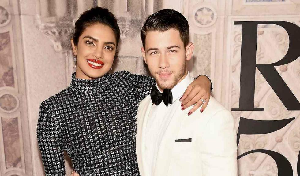 Priyanka Chopra și Nick Jonas s-au căsătorit, iar imaginile de la nuntă sunt superbe