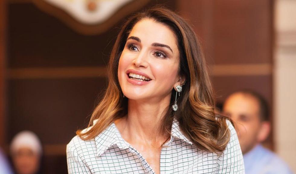 Regina Rania a Iordaniei a purtat perechea perfectă de pantaloni pentru petrecerile de sărbători